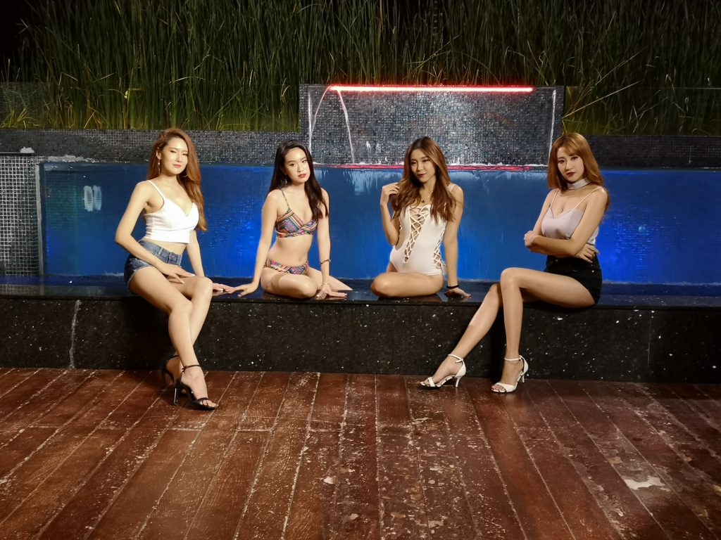 Third Storey Garden and Pool Side with the 4 models